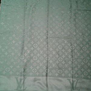 Louis Vuitton gray monogram scarf